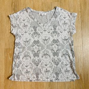 🎉5 for $25🎉 Rose + Olive Gray Tee